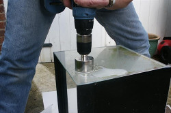 Сверление стекла шуруповертом