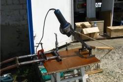 Отрезной станок, выполненный на ДСП